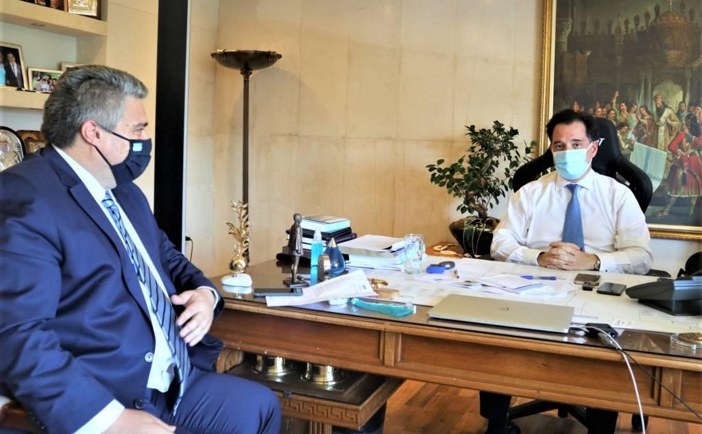 ΔΤ 13/05/21 Μίλτου Χρυσομάλλη - Ενίσχυση των ιδιοκτητών ταξί και των επιχειρήσεων εστίασης και τουρισμού της Μεσσηνίας στο «μενού» της συνάντησης Μ. Χρυσομάλλη με Άδωνι Γεωργιάδη